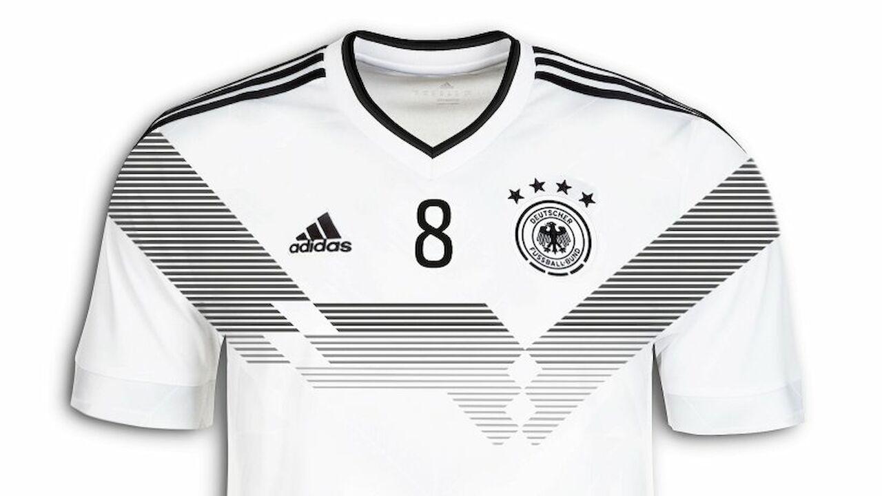 DFB spielt 2018 mit Retro Weltmeister Trikot